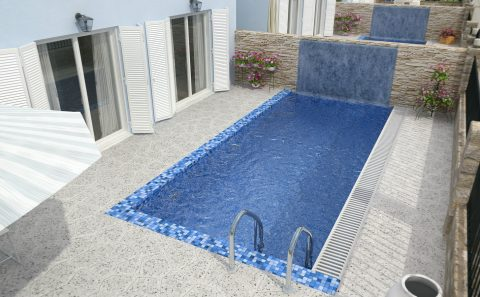 Τρισδιάστατη πισίνα μπλε ψηφιδα καταραχτης