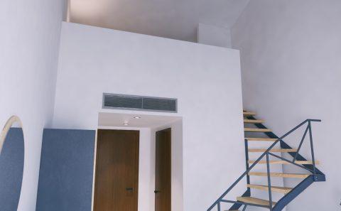 Ημιώροφος ξενοδοχειακου δωματίου 3d