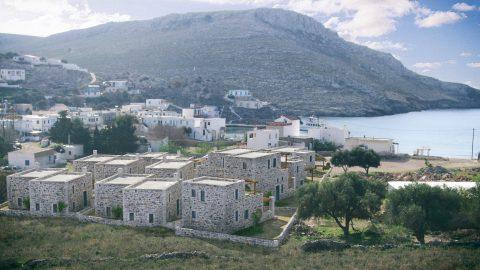 Συγκρότημα πέτρινων σπιτιών